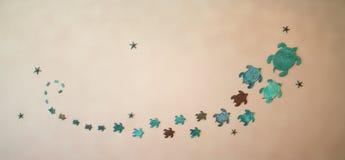 Żółwie projektują na suficie Ornamenty na ścianach obraz stock