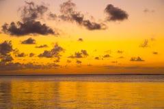 Żółty niebo przy zmierzchem Obrazy Royalty Free