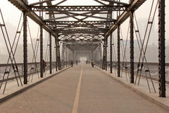 Żółty rzeka most Zdjęcia Royalty Free