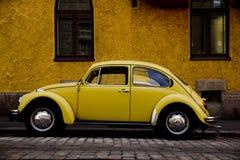 Żółty samochód Zdjęcia Royalty Free