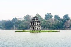 Żółw pagoda w Hoam-Kiem jeziorze, Hanoi Obrazy Stock