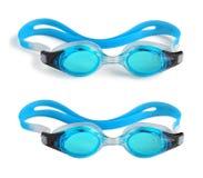 Óculos de proteção da natação no branco Fotos de Stock