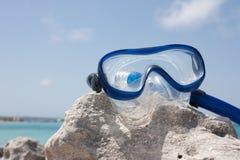 Óculos de proteção do mergulho na rocha Imagem de Stock Royalty Free