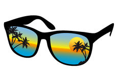Óculos de sol com por do sol do mar ilustração stock