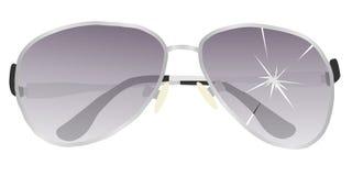 Óculos de sol com uma lente quebrada Vidros quebrados Imagem de Stock Royalty Free