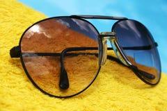 Óculos de sol do aviador imagens de stock