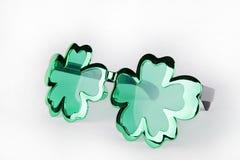 Óculos de sol do dia do ` s de St Patrick Imagem de Stock Royalty Free