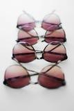 Óculos de sol do verão multiplicados em um foco macio Imagem de Stock