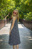 Óculos de sol e cabelo de queda livre Imagens de Stock Royalty Free
