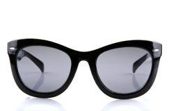 Óculos de sol isolados no fundo branco imagem de stock