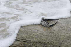 Óculos de sol na praia 5 Imagem de Stock