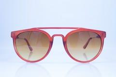 Óculos de sol no fundo branco Imagem de Stock