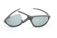 Óculos de sol quebrados do estilo do esporte Fotografia de Stock Royalty Free