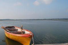 łódka jeziora Obrazy Royalty Free