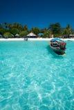 łódkowata jasna krystaliczna tradycyjna woda Zdjęcia Stock