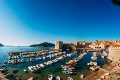 Łódkowaty dok blisko starego miasta Dubrovnik, Chorwacja Harbo Obraz Royalty Free