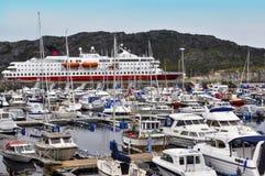Łódkowaty dok i molo dla statków Fotografia Royalty Free