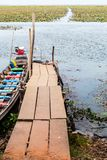 Łódkowaty dok w jeziorze Fotografia Stock