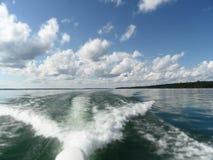 Łódkowaty kilwater Zdjęcia Stock