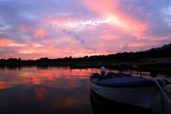 łódkowaty zmierzch fotografia stock