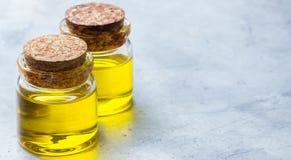 Óleo essencial orgânico com para beleza e tratamento dos termas Imagens de Stock