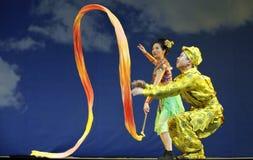 Ópera china: Montaña llameante Imagen de archivo