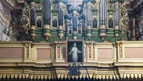 Órgão de tubulação na igreja Fotografia de Stock Royalty Free