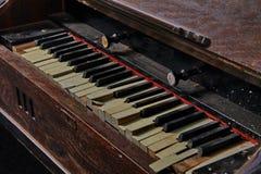 Órgano dañado vintage fotografía de archivo libre de regalías