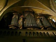 Órgano del vintage en la iglesia de Sibiu imagen de archivo libre de regalías