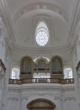 Órgano dentro de Dom Cathedral en Salzburg, Austria imagen de archivo
