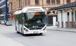 Ônibus da cidade em Sundsvall imagem de stock