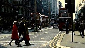 Ônibus de dois andares do vintage de Londres video estoque
