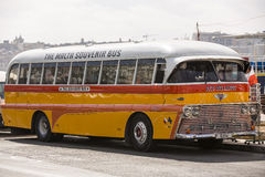 Ônibus do público de Malta. imagens de stock royalty free