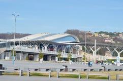 Ônibus do parque olímpico e estação de caminhos-de-ferro, Sochi Fotos de Stock