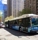 Ônibus do trânsito de New York City imagens de stock