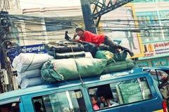 Ônibus público, Phnom Penh, Khmer, Camboja Imagens de Stock