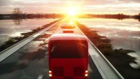 Ônibus vermelho na estrada, estrada do turista Condução muito rápida Conceito turístico e do curso Animação 4K realística video estoque