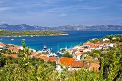 Ö av Iz i Kroatien Royaltyfri Foto
