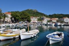 Ö av Lopud, Dubrovnik, Kroatien gammal hamn royaltyfria foton