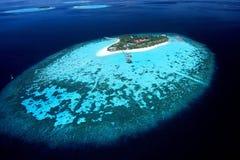 Ö av Maldiverna den areal sikten Royaltyfri Bild