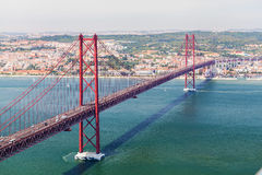 2ö da ponte de abril em Lisboa Panorama Fotografia de Stock