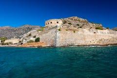 Ö-fästningen av Spinalonga i Crete Arkivbild