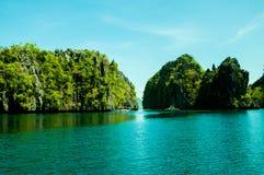 Ö för El Nido, Palawan, Filippinerna royaltyfri bild