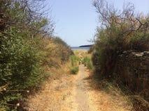 Ö Kythnos ett ställe som där reser Arkivfoto