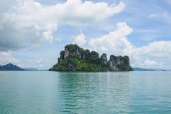 Ö på den Phang Nga fjärden Royaltyfria Bilder