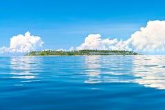 ö tropiskt isolerat hav arkivbilder