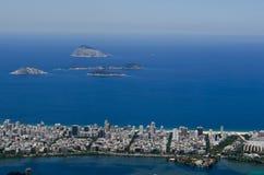 Öar och cityscape av Rio de Janeiro, Brasilien Arkivbild