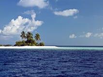 Öde ö - Maldiverna Royaltyfri Fotografi