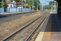 Öde järnvägsstation Arkivbilder