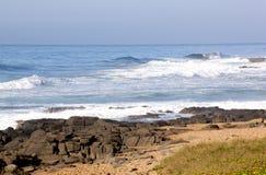 Öde Sheffield Beach North av Durban Sydafrika Arkivfoto